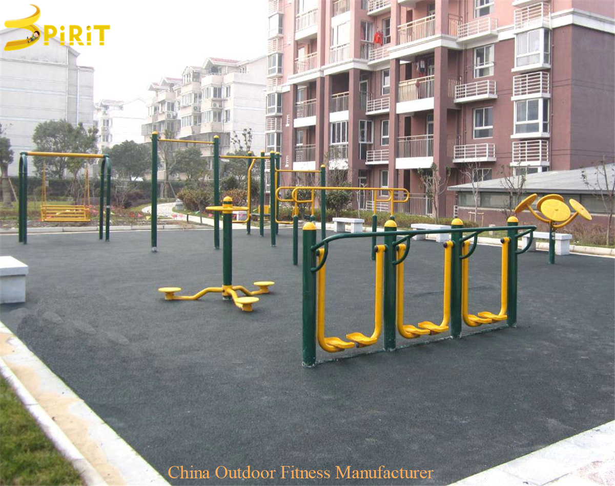 Outdoor Fitness Area (21)